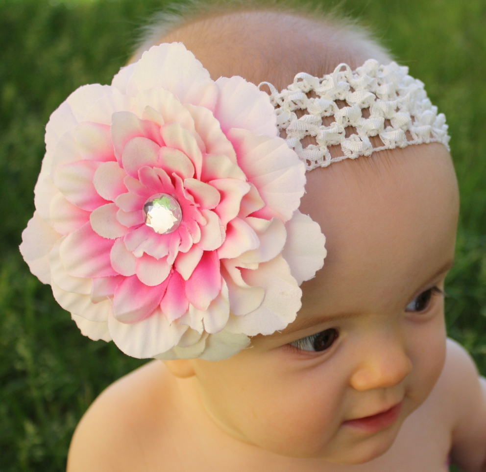 How to Choose a Sophisticated Headband for Your Baby - JohnnyBroccolii.com   0aa54d2c1d5